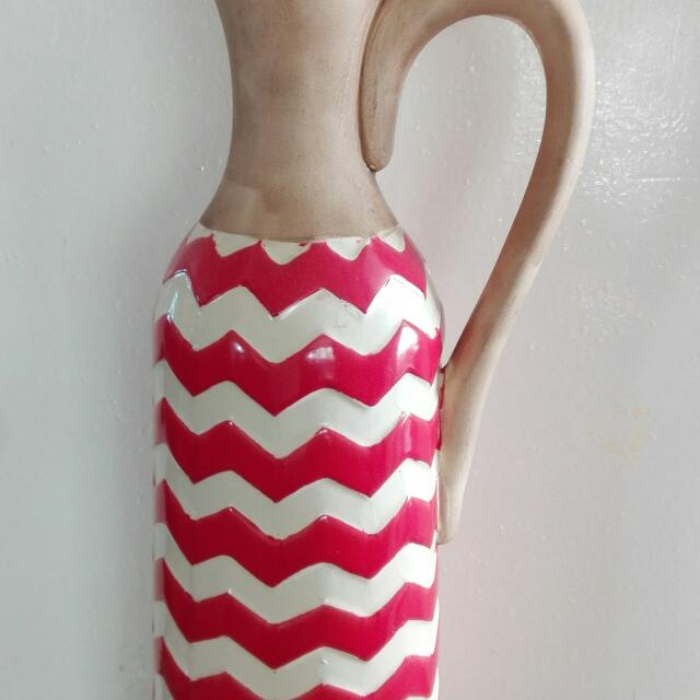 Red White Strip Vase