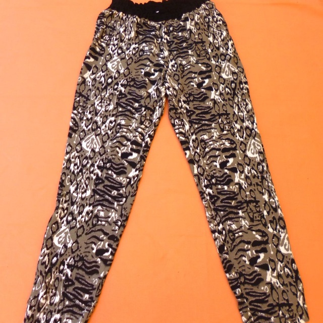SEED HERITAGE PANTS Size 8 Animal print Viscose casual active Near New Sale