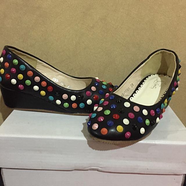 Sepatu Wedges Anak Perempuan