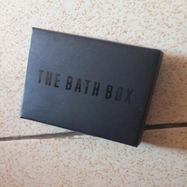 The Bath Box Fluffy Bar Conditioner