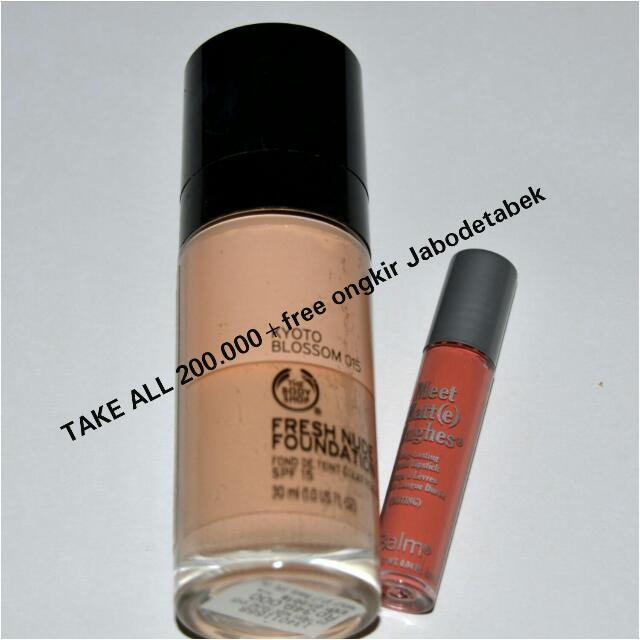 The Body Shop Foundation+The Balm Matte Lipstick Mini