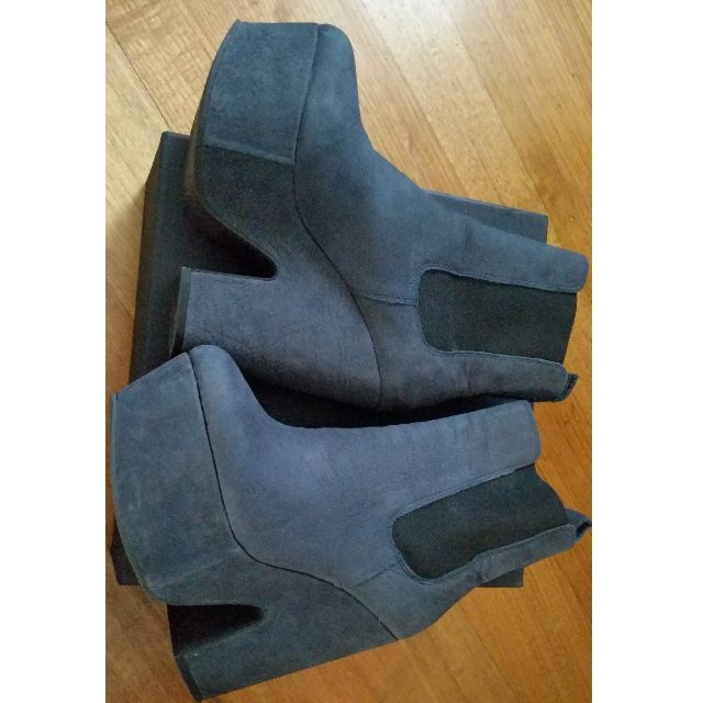 Tony Bianco Suede Boots AU8 Flatform Shoes