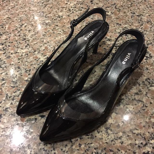 專櫃品牌Viina 尖頭低跟鞋
