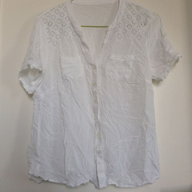 White Summer Shirt With Lace
