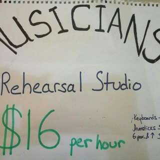 Musical Instruments / Antiques / Jamming Studio