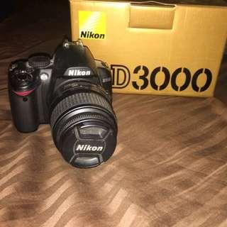 Nikon D3000 Camera with HDSD memory card