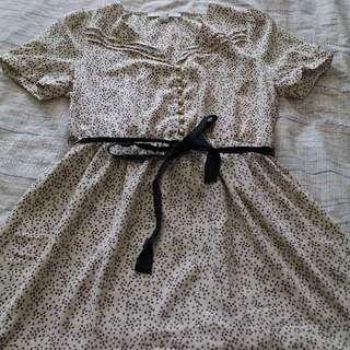Forever 21 Patterned Dress Size Medium