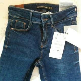 Brand New Zara Jeans! Deep Blue Wash, Size 2