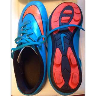 Boys' Soccer Cleats Size 6 Youth