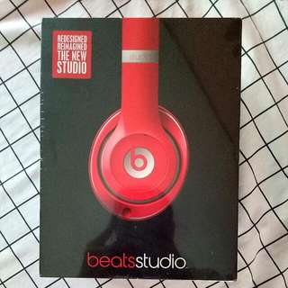 Beats Studio by Dr. Dre (Wired)