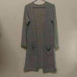 🚚 長版針織外套。薄長袖