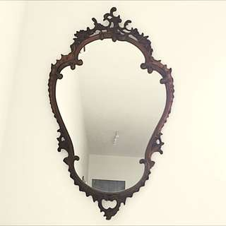 THE BAROQUE MIRROR