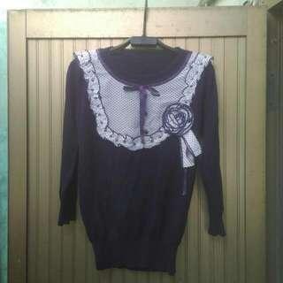 只賣100,兩個顏色,針織上衣,好穿好搭配。