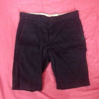 NAVY SHORT PANTS