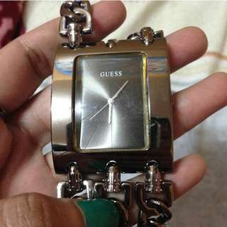 Authentic Guess Watch  Moving out sale!!! 1000 Free sf