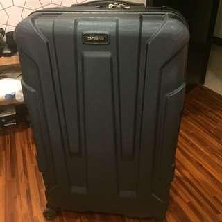 用過一次的28吋行李箱samsonite 的