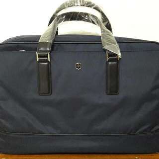 victorinox2用手提包,公事包原價8700元