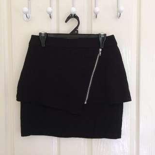 Hot Options Skirt Size 6
