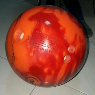 WD Columbia 300 10 Pounds Bowling Ball