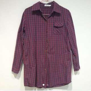 酒紅色格子襯衫