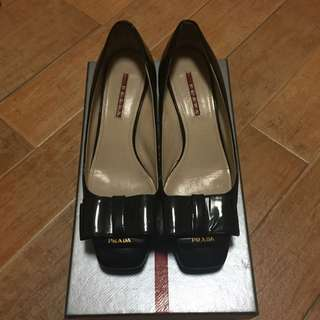 Prada Black Patent Bow Shoes (Not Open Toes Shoes)
