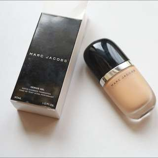 Marc Jacobs - Genius Gel Foundation Shade 42 Golden Light
