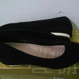 fladeo black wedges