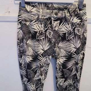 UNIQLO Palm Print Stretchy Skinny Jeans S
