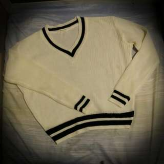 3.3 Field Trip 米色針織上衣