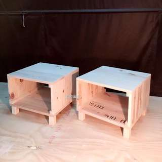 原木手作百變家具.床頭櫃,椅子,茶机售價550運費130(寬45cm,深44cm,高36cm)