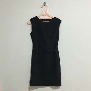 The Executive Black Sleveless Mini Dress Belt