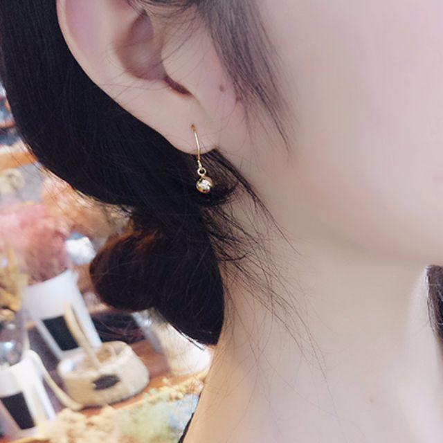 歐美風極簡金球耳環
