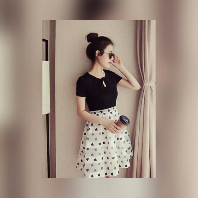 Abie Korean Dress ♡ black top + printed skirt