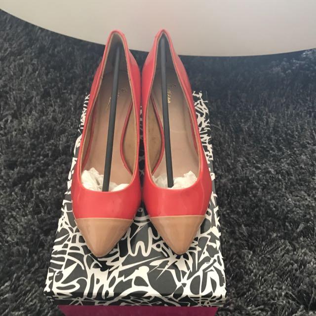 AS漆皮跟鞋