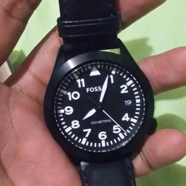 Authentic FOSSIL Black Wristwatch 3,500 Php
