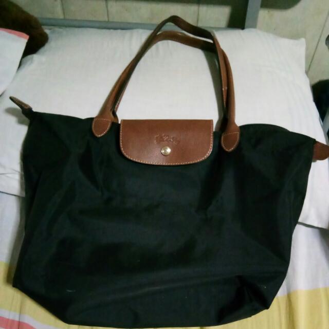 now 900!!!REPRICED!!!!Authentic Longchamp Bag