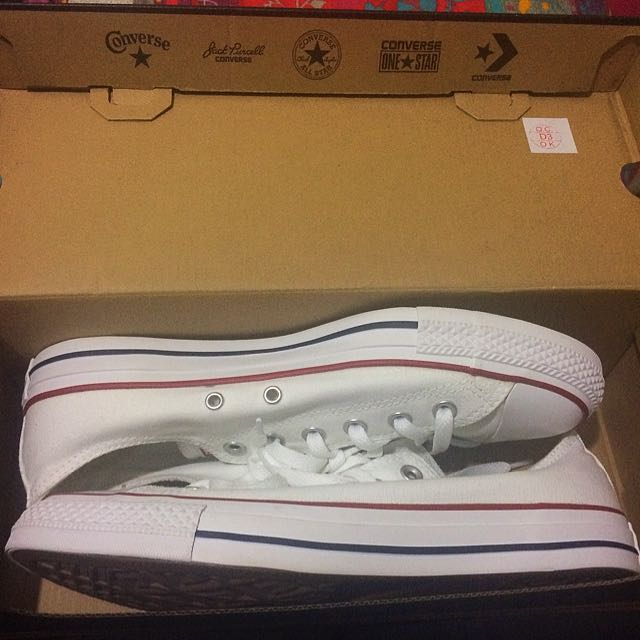 Brand New White Converse Low Tops Size 8/10