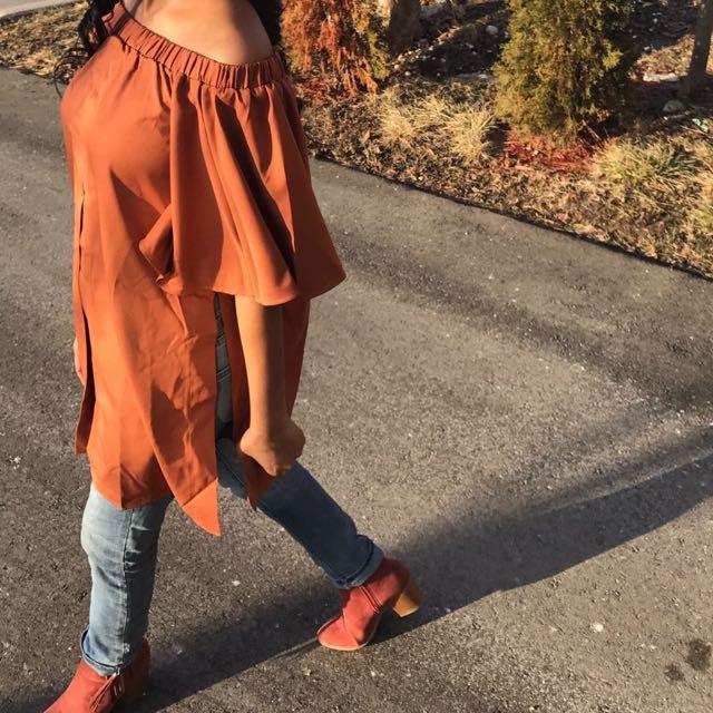 *1 LEFT* Brown-Orange Off Shoulder