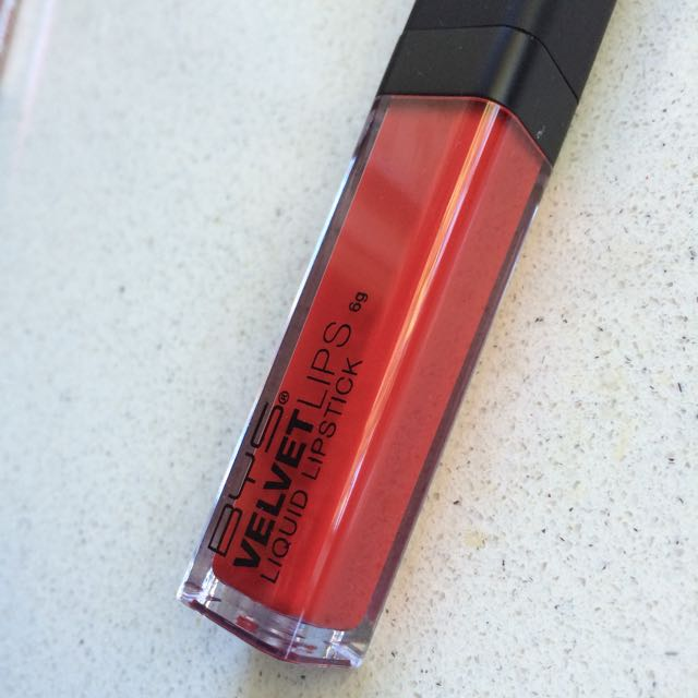 BYS liquid lipstick deep red