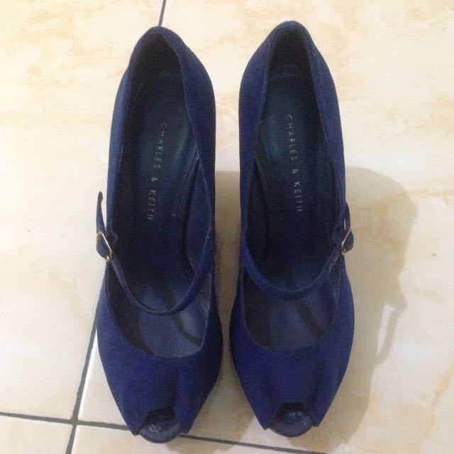 Charles & Keith Blue Wedges