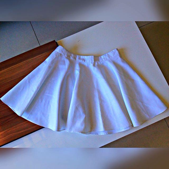 Elegant White Skirt