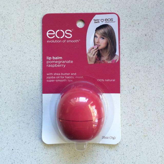EOS lip balm pomegranate