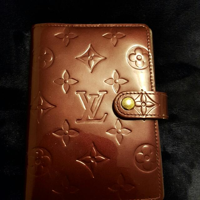 Louis Vuitton Petite Agenda Cover