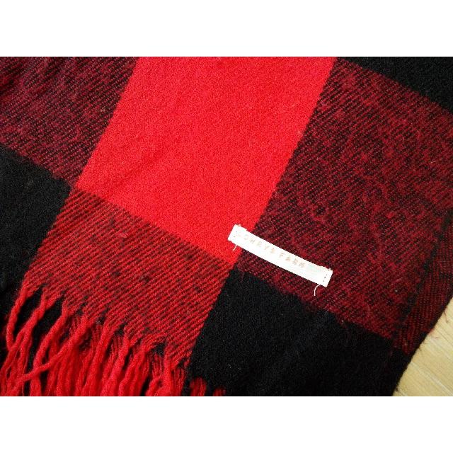 Lowrys Farm 經典紅色格紋圍巾