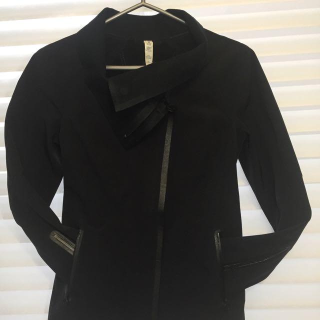 LULU LEMON Jacket - Like New