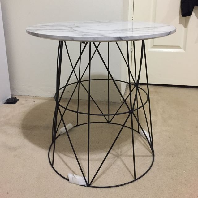 MARBLE TABLE BRAND NEW