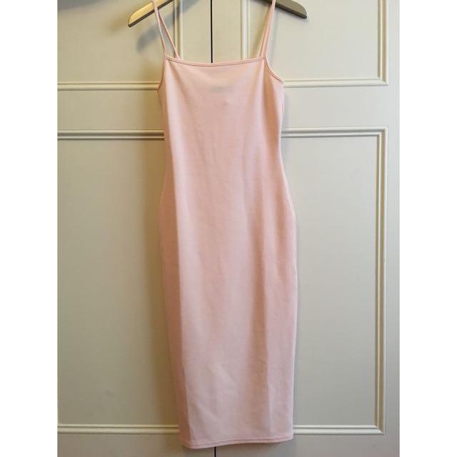 Missguided Vintage Style Pink Midi Dress