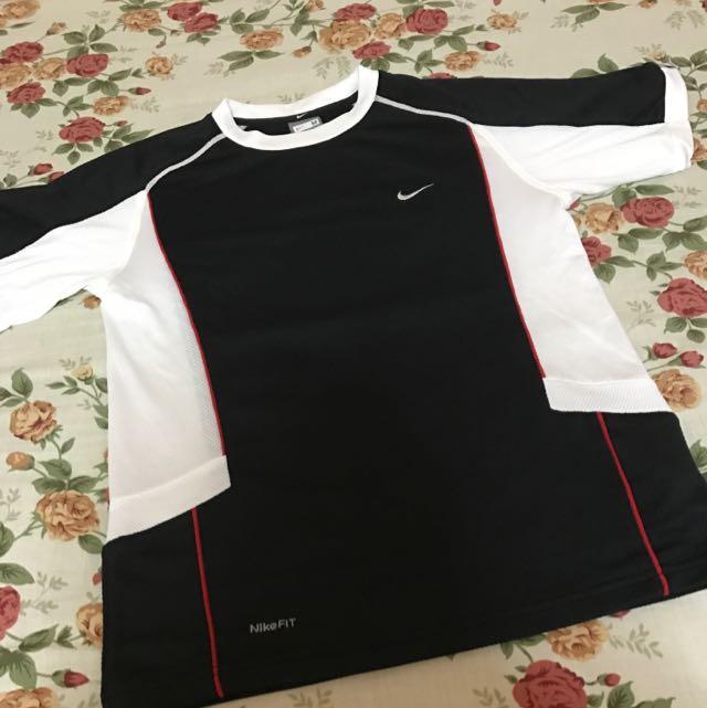 REPRICED Nike Dri-fit Shirt (Boys)