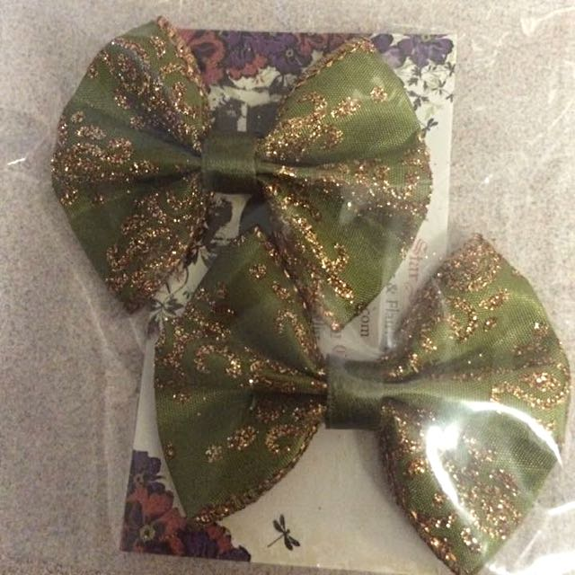 Olive And Gold Mini Bow Set