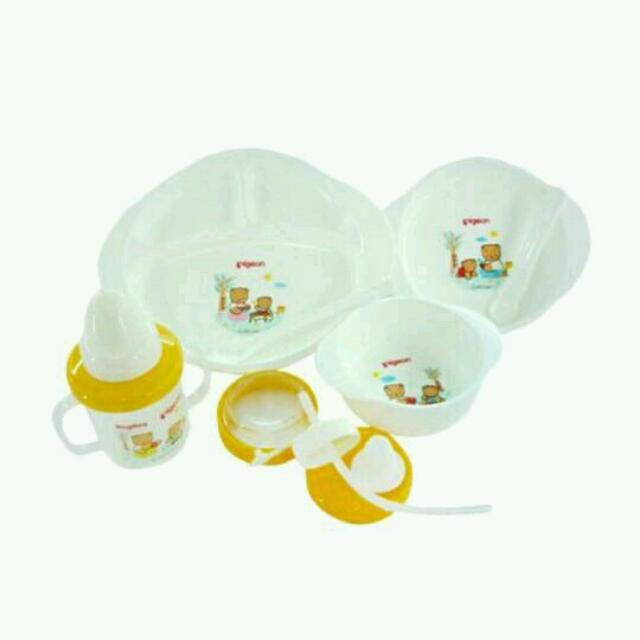 Peralatan Makan Minum Bayi/ Baby Feeding Set PIGEON